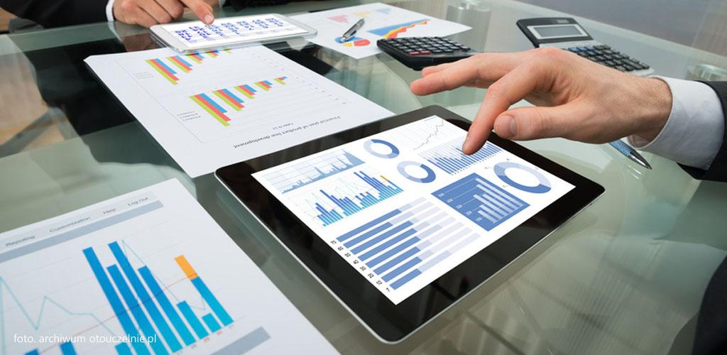 ekonomiczna analiza prawa studia